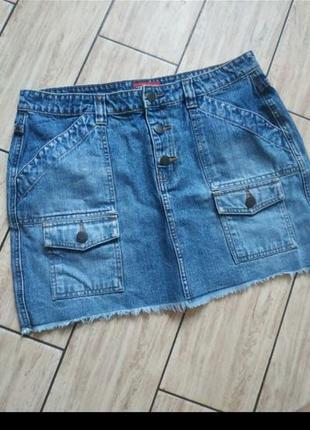 Котоновая юбка с наклпдными карманами джинсовая юбка