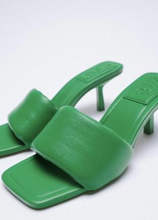 Новые зелёные босоножки zara