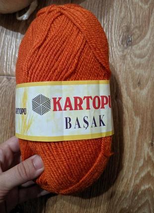 Пряжа, нитки для вязания, шерсть