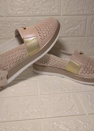 Мокасины женские летние. слипоны. туфли с перфорацией. натуральная кожа!