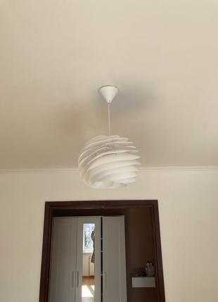 Підвісна лампа стельова ikea біла пластик