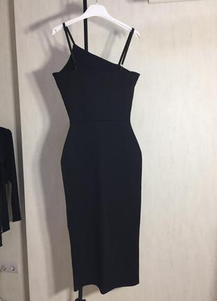 Элегантное платье с разрезом3 фото