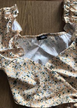 Топ-блуза