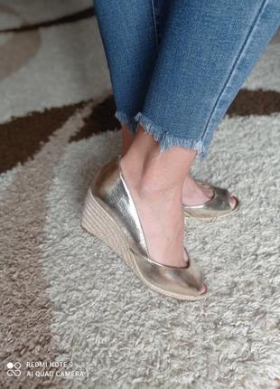 Туфли,босоножки распродажа!