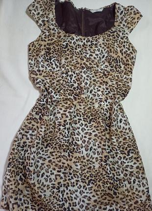 Шёлковое платье new look на подкладке. платье в леопардовый принт.