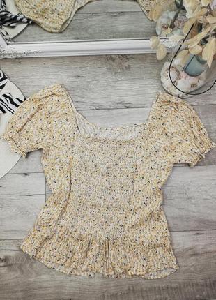 Шикарная фирменная блуза с рюшем по низу на пуговках f&f6 фото