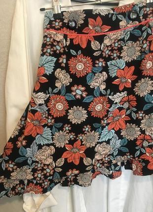 Легкая юбка в цветы