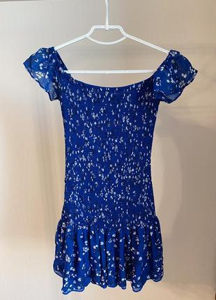 Платье zara синее в цветочек