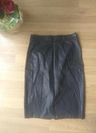 Кожаная юбка-карандаш черная