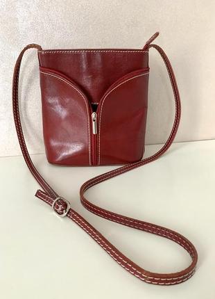 Коасивая сумка crossbody из натуральной кожи