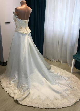 Свадебное платье невероятной красоты от всемирно известного дизайнера олега кассини