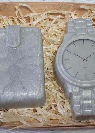 Набор мыла ручной работы мужской часы и портмоне.