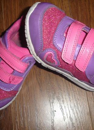 Кожаные кроссовки clarks девочке 23 размер идеал