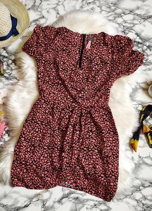 Красивое вискозное платье в сердечки на запах размер s-m