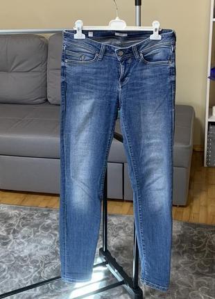Mustang джинсы размер 28