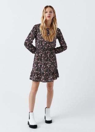 Платье в цветочек, цветочный принт, длинный рукав, размер s-м