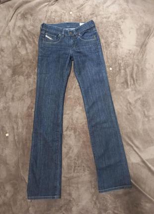 Женские джинсы клёш diesel