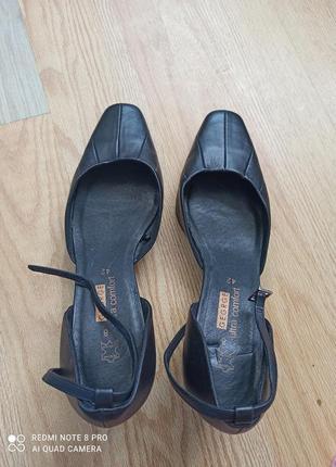 Кожаные туфли большого размера