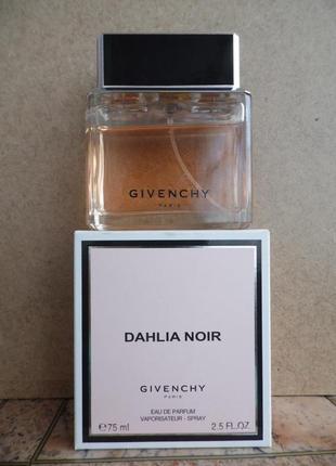 Парфюмированная вода .givenchy dahlia noir