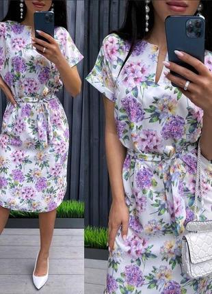 Летнее платье под пояс в цветочный принт