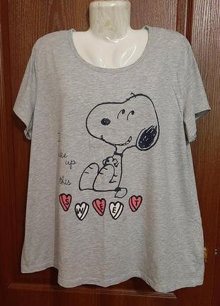 Пижамная футболочка размера 54-56.