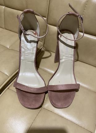 Glamorous босоножки замшевые высокий каблук3 фото