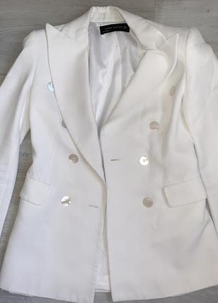 Белый пиджак zara размер xs