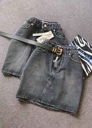 Чорна джинсова спідниця черная джинсовая юбка