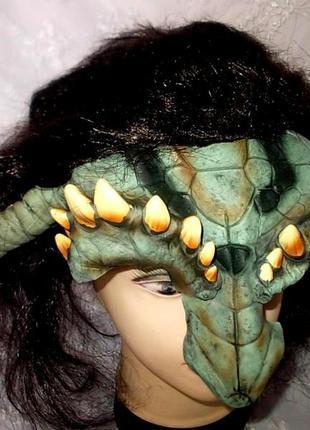 Маска латексная с волосами дракон маскарад