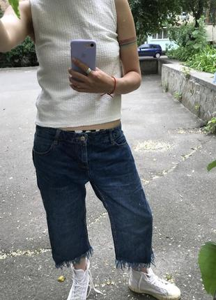 Pull&bear джинсы укороченные с бахромой