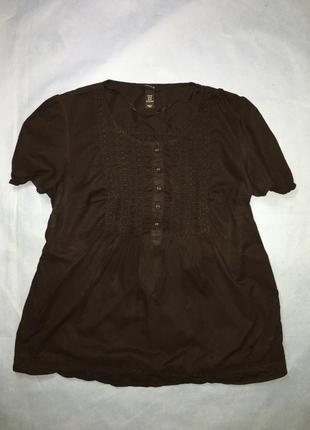 Чёрная футболка блуза для беременных с вышивкой