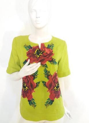 Блузка лляная с вышивкой крестиком