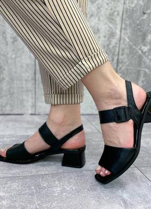 Женские кожаные босоножки5 фото