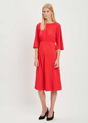 Платье красное алое vila в наличии 40 рр м л миди