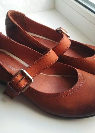 Очень симпатичные удобные туфли roberto santi, натуральная кожа, р.37, 24 см