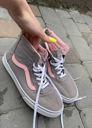 Фирменные  новые кроссовки vans, оригинал
