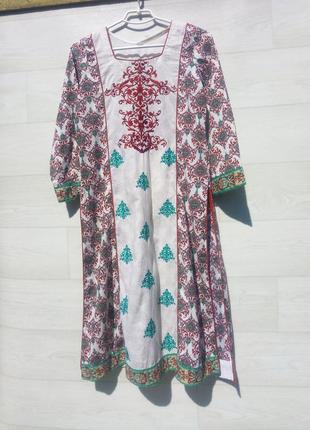 Этническое платье вышиванка туника миди коттон белая разноцветная с вышивкой