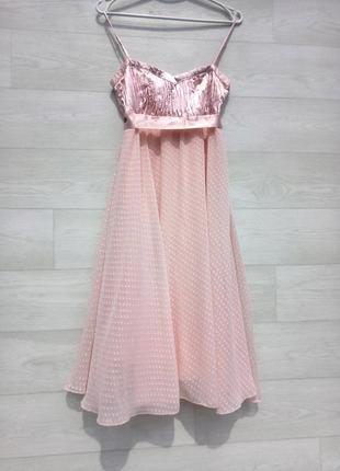 Нежное розовое платье vila clothes миди нарядное выпускное