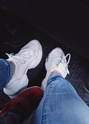 Стильные женские белые кроссы кроссовки