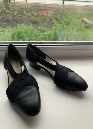 Новые 100% кожаные туфли!
