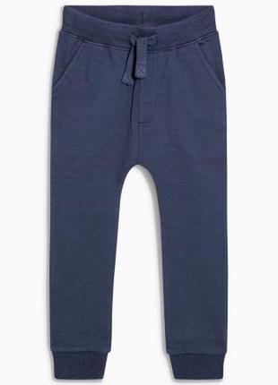 Next тепленькие штаны с начесом на 5-6 лет