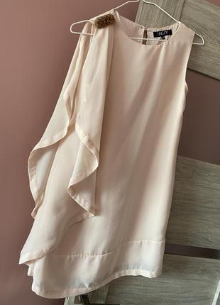 Отличное нежное персиковое платье