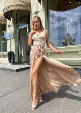 Шикарное шёлковое платье на запах 🍓🍓🍓идеальный вариант для подружки невесты либо на выпускной 💕💕💕