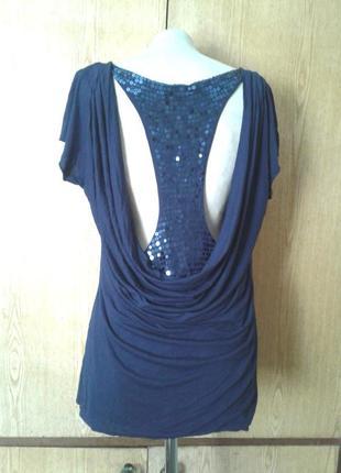 Синяя вискозная футболка с открытой спинкой,  l/12- xl/14.