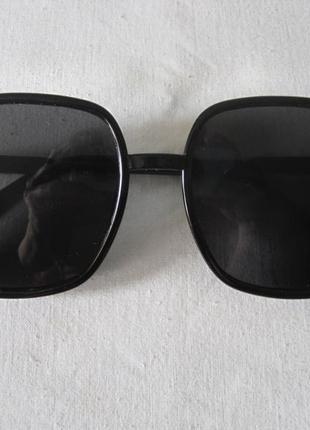 1 ультрамодные солнцезащитные очки2 фото
