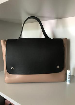 Черно-бежевая сумка