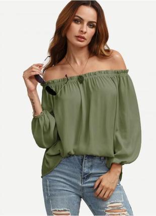Зелёная блузка топ на плечи с открытыми плечами хаки