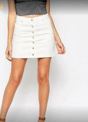 Актуальная белая юбка трапеция