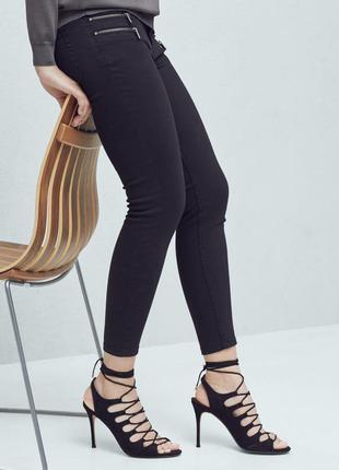 Новые, крутые джинсы, скинни, черного цвета mango, р. xs или s