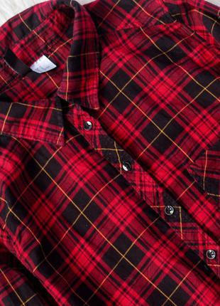 Кроп-рубашка в клетку от divided by h&m (есть несколько расцветок)